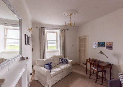 no70portellen-living-room-2