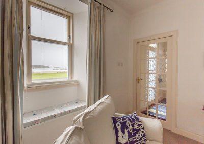 no70portellen-living-room-3
