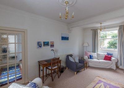 no70portellen-living-room-4